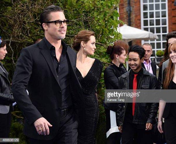 «Зарыли топор войны»: Анджелина Джоли и Брэд Питт ... анджелина джоли и брэд питт помирились